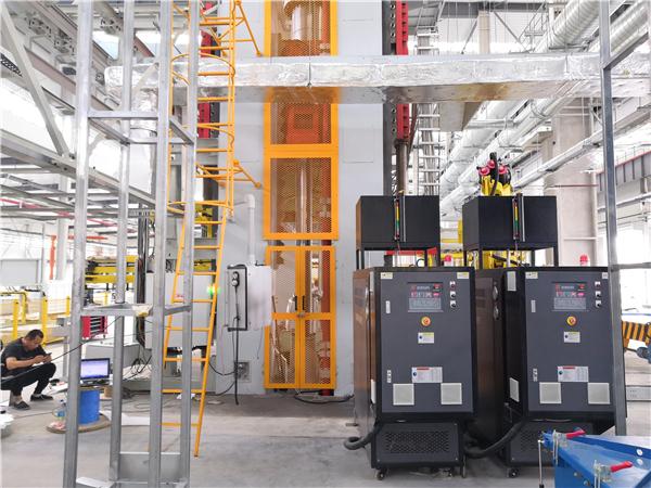SMC复材挤压油温机