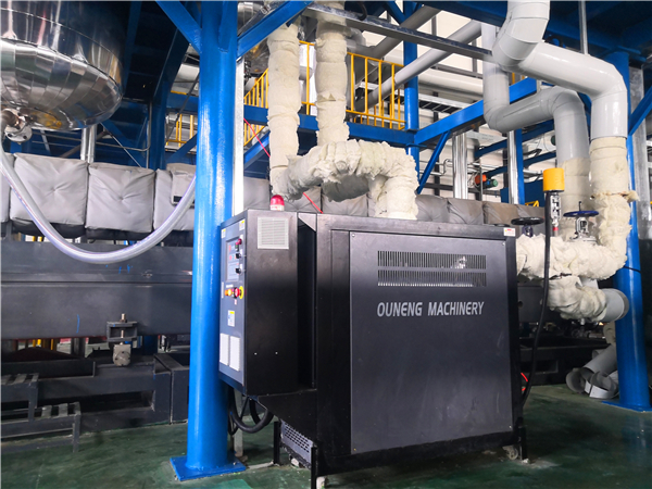 反应釜控温使用电加热油炉的优势分析