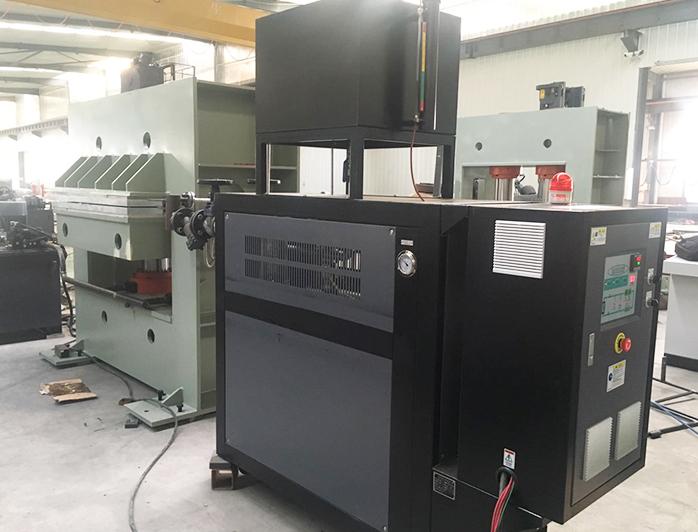 拼板机导热油电加热器——应用案例